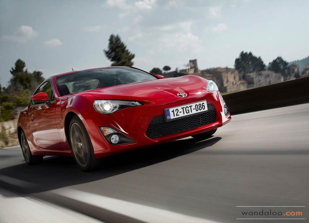 https://www.wandaloo.com/files/Voiture-Neuve/toyota/Toyota-GT86-2014-Neuve-Maroc-14.jpg