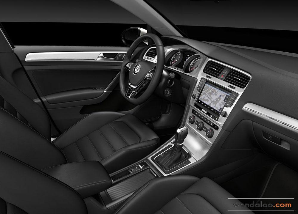 https://www.wandaloo.com/files/Voiture-Neuve/volkswagen/Volkswagen-Golf-7-2013-Neuve-Maroc-12.jpg