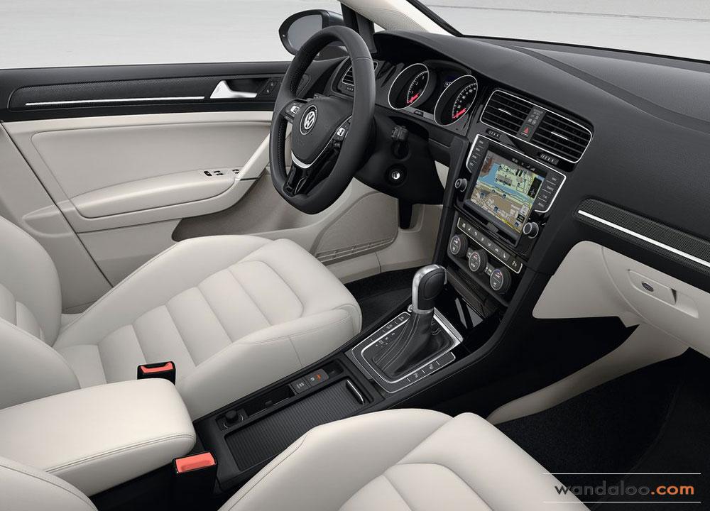 https://www.wandaloo.com/files/Voiture-Neuve/volkswagen/Volkswagen-Golf-7-2013-Neuve-Maroc-14.jpg