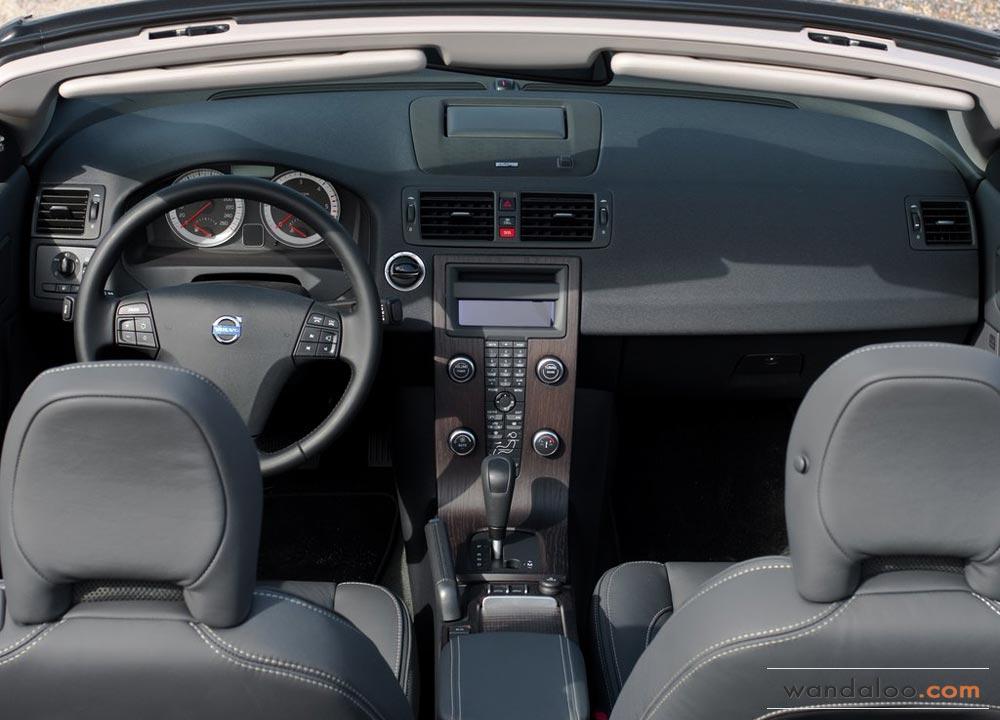 https://www.wandaloo.com/files/Voiture-Neuve/volvo/Volvo-C70-Neuve-Maroc-05.jpg