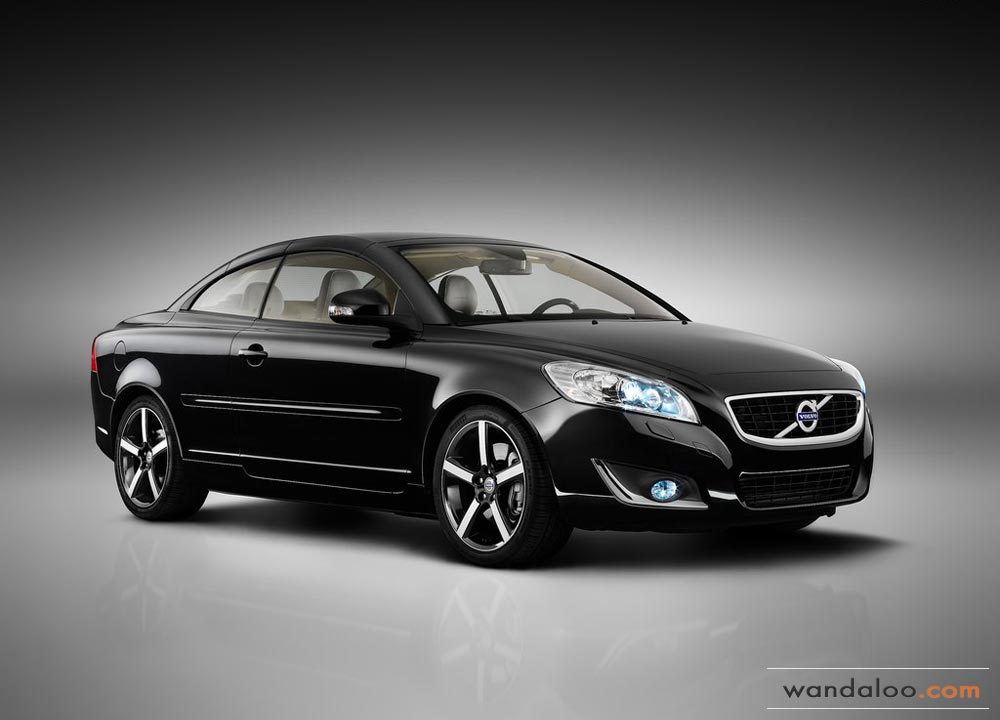 https://www.wandaloo.com/files/Voiture-Neuve/volvo/Volvo-C70-Neuve-Maroc-07.jpg