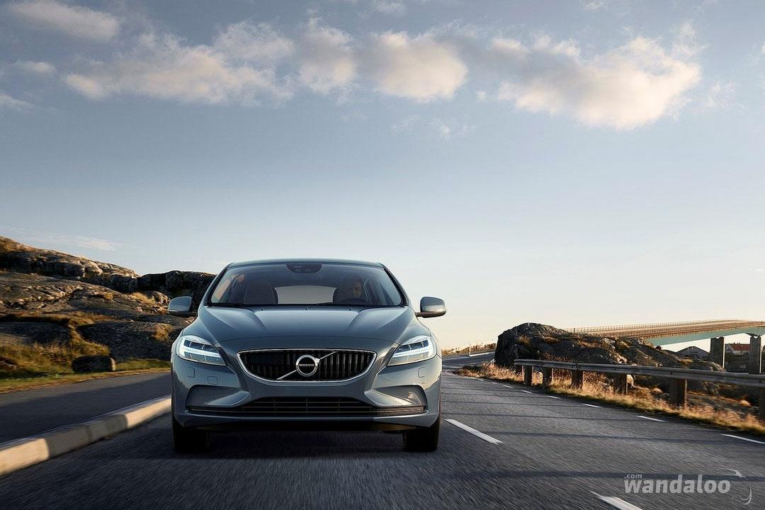 https://www.wandaloo.com/files/Voiture-Neuve/volvo/Volvo-V40-2017-neuve-Maroc-01.jpg