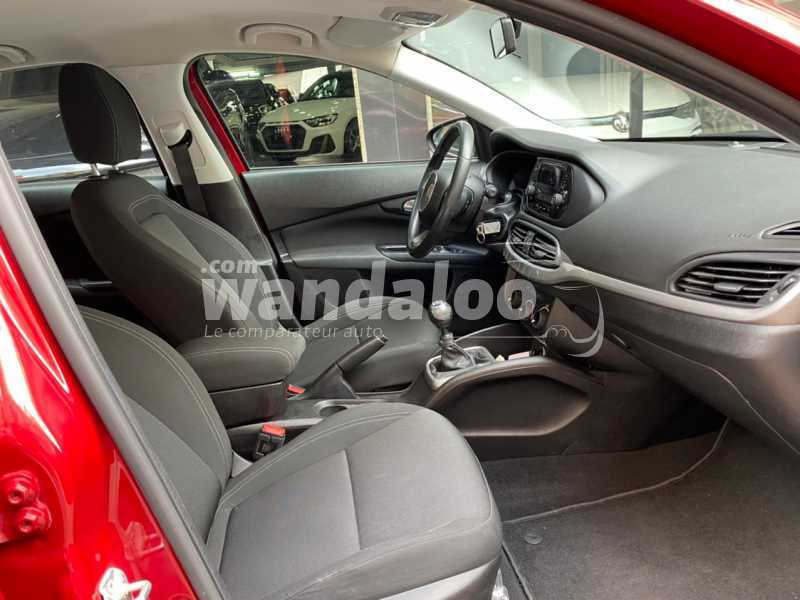 https://www.wandaloo.com/files/Voiture-Occasion/2021/04/60780f7a80c41.jpg