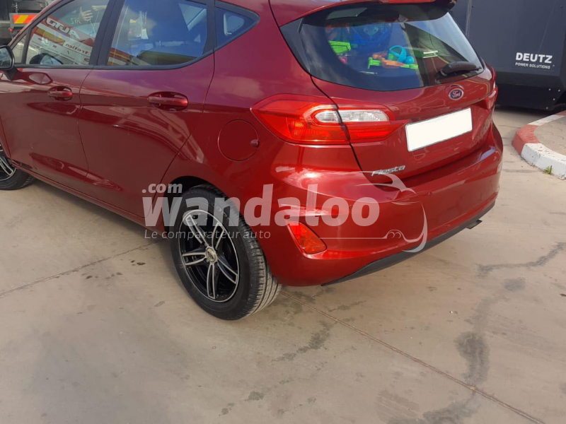 https://www.wandaloo.com/files/Voiture-Occasion/2021/10/6166f3acd6ed9.png